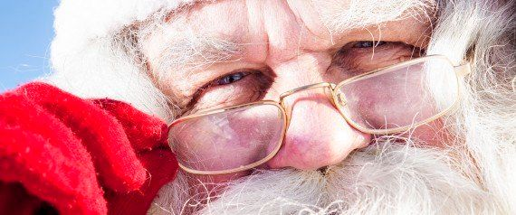 サンタクロースの仲間にはスパイもいる!?