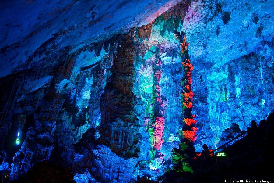 「どうして地上で生きてるんだろう」と思ってしまうほど美しい中国の洞窟【写真】