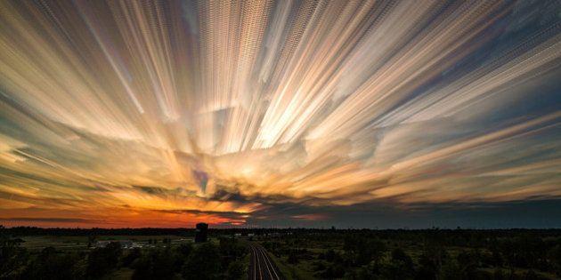 日没の数時間を1枚の美しい写真に(画像)