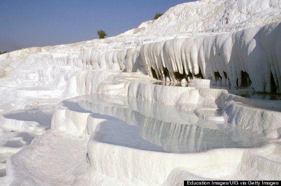 世界遺産パムッカレは、自然の驚異