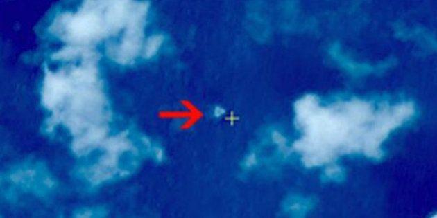 マレーシア航空機不明 中国衛星が南シナ海で浮遊物3点発見
