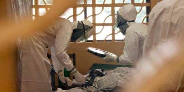 【エボラ出血熱】最前線で治療する医師の脳裏に焼き付く「子供の死」