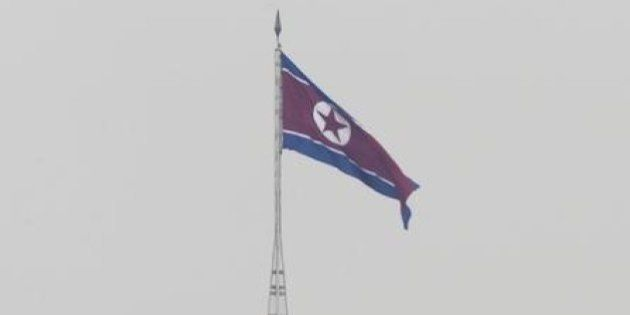 北朝鮮、短距離ロケット弾3発を日本海に向け発射