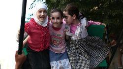 ラマダン明けの祝祭を楽しむ子供たち ガザ、イラク、シリア、アフガンなど【画像】