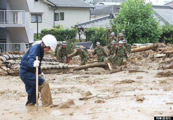 広島豪雨 土砂が山肌えぐり、住宅を次々のみこむ【画像】UPDATE