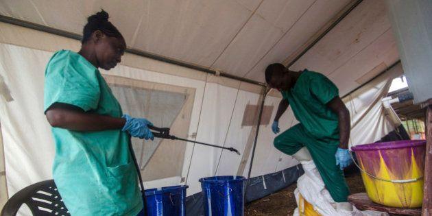 エボラ出血熱の死者887人に 感染地域隔離へ軍隊派遣【UPDATE】