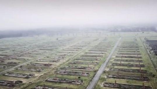 アウシュヴィッツ強制収容所にドローンが飛ぶ 解放から70年【動画】