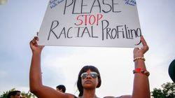 丸腰の黒人青年を警官が射殺 無抵抗の青年を撃ち続ける?