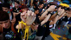 香港デモ、中国から称賛と反感