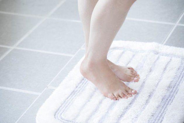 入浴後、30分で肌は「乾燥状態」に...。その原因と防ぎ方は?