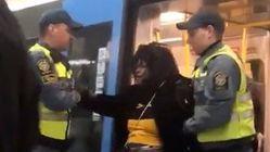 地下鉄に乗っていた妊婦、警備員が強制的に降ろす。スウェーデンで撮影された動画が反響呼ぶ