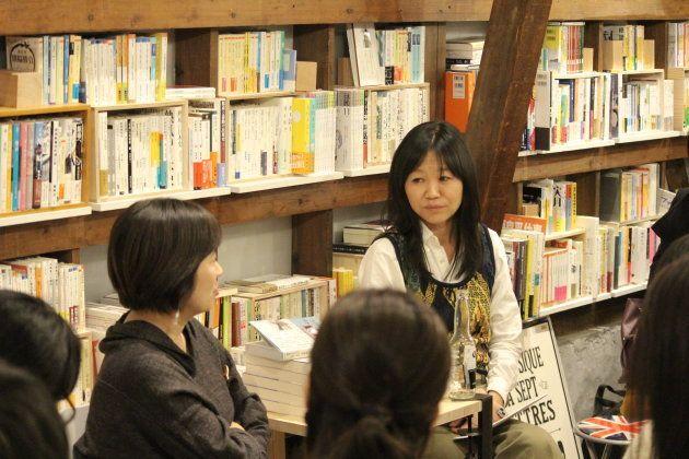 """「人生って、絶対なんとかなる」作家・川内有緒さんと佐久間裕美子さんが""""インディペンデントな生きかた""""を選ぶ理由"""