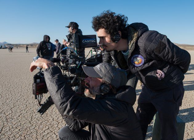 「ファースト・マン」を撮影するデミアン・チャゼル監督
