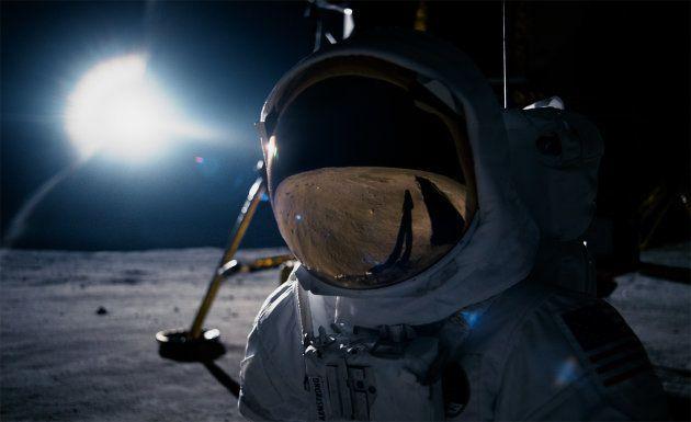 「ファースト・マン」でアーム・ストロング船長が月面に降りたった時のシーン