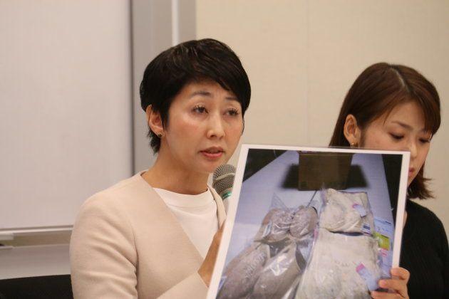 被害について説明する北九州市の村上市議