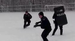 屈強な警官が、地元の子どもたちにコテンパンに負ける。対決する動画が話題に