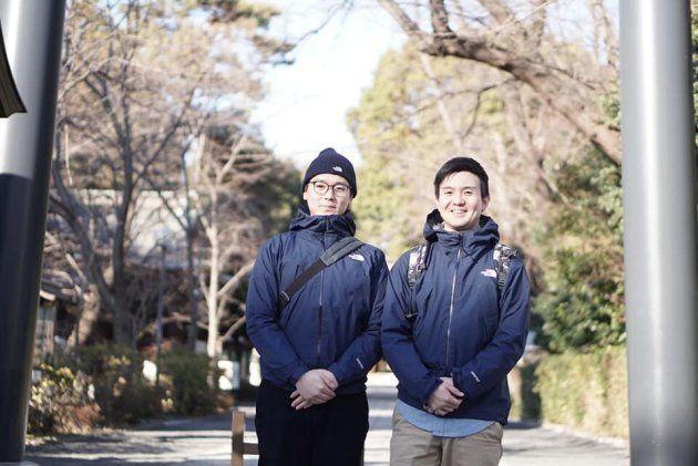この2人のゼロ高生、サイズも色も全て同じ上着を着ています。これも1つの奇跡。