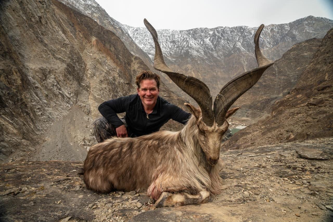 Un chasseur paie une somme record pour tuer une chèvre rare au