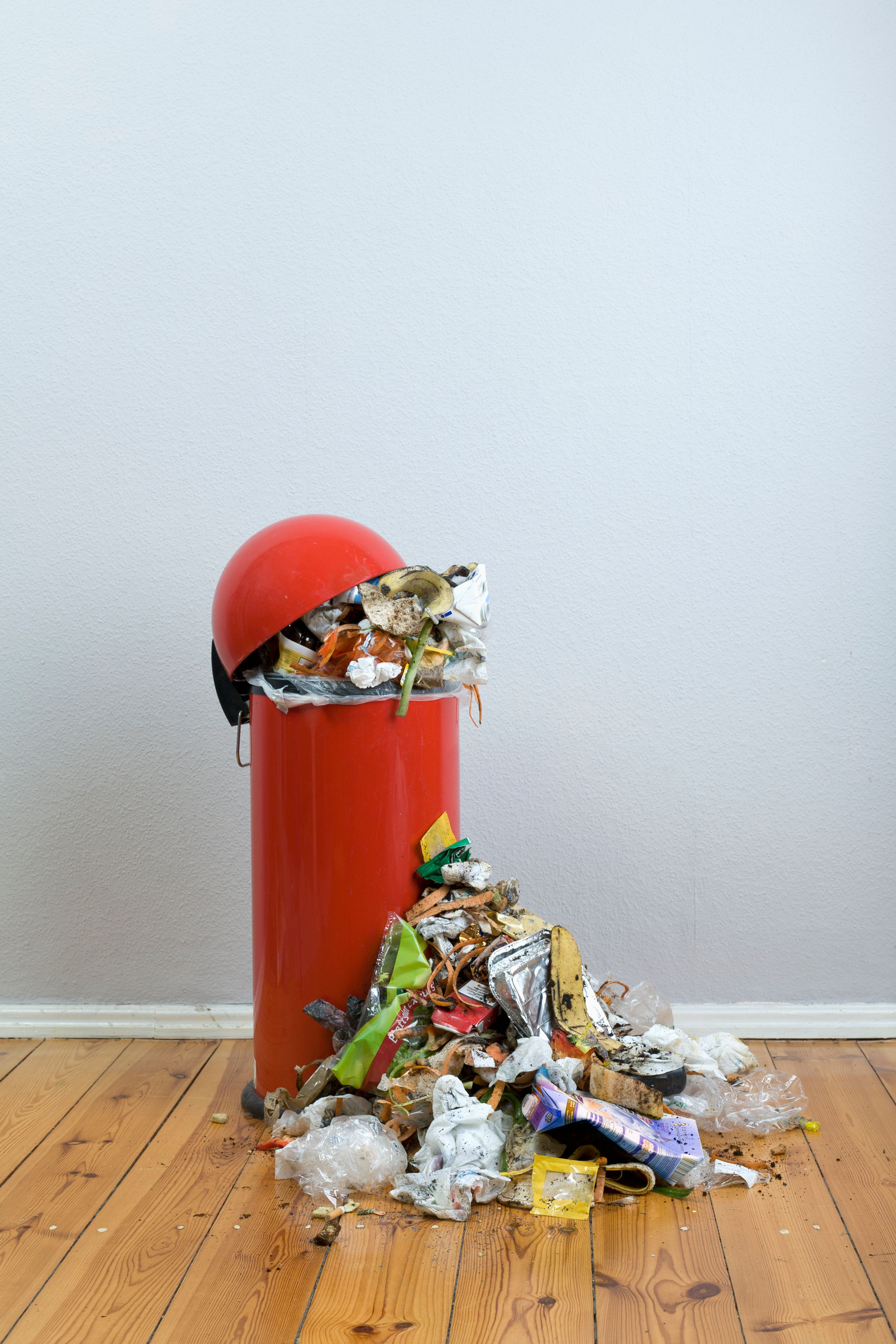 Overflowing Bins? 4 Ways To Cut Down On Your Waste Before Rubbish