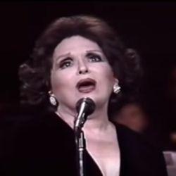 As belas canções de amor que marcaram a vida de Bibi