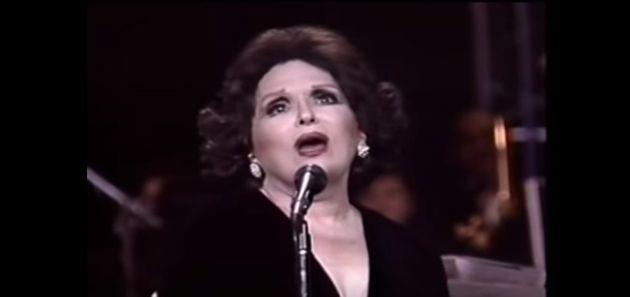 Em 1992, a TV brasileira foi presenteada com a exibição do show Bibi in Concert, que celebrava...