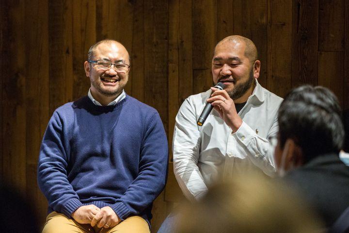 相場謙治(左)さんと古積健さん(埼玉県川越市)