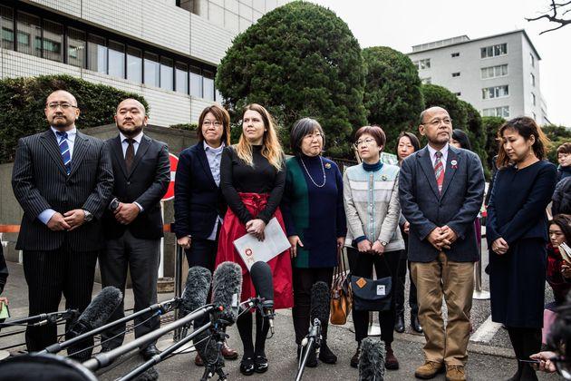 左から相場さん、古積さん、中島さん、バウマンさん、大江さん、小川さん、佐藤さん、小野さん