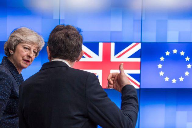 영국 정부는 유럽연합과의 브렉시트 재협상이