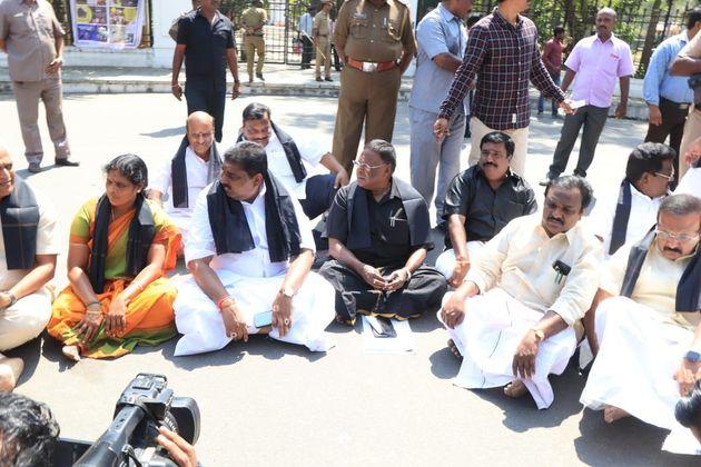 Puducherry CM Protests Against LG Kiran Bedi, Sleeps Outside Raj