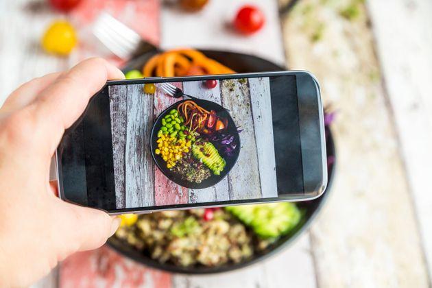 Menaces pour les futures générations: Culture culinaire et surexposition à la