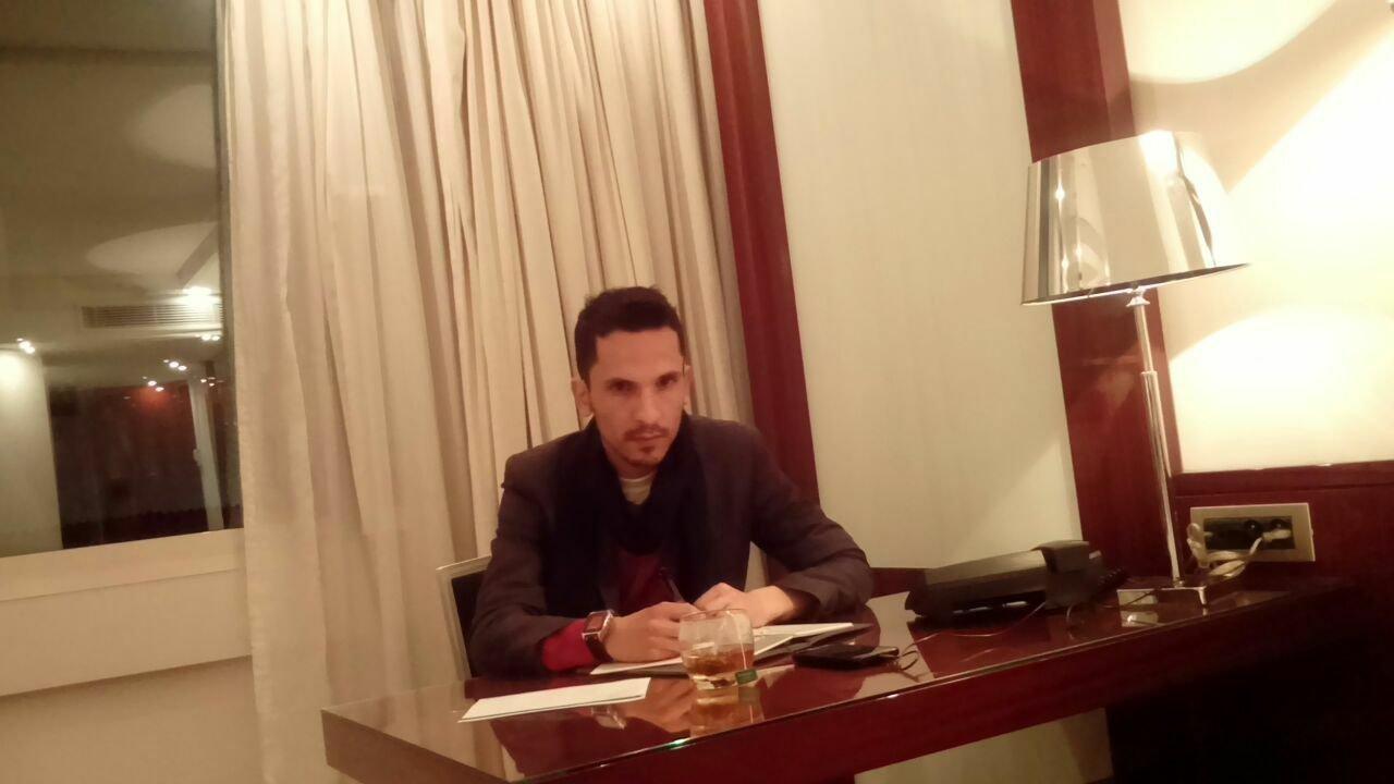 Après la réduction de la peine contre le blogueur Al-Nguad, ses avocats se préparent à saisir la our...
