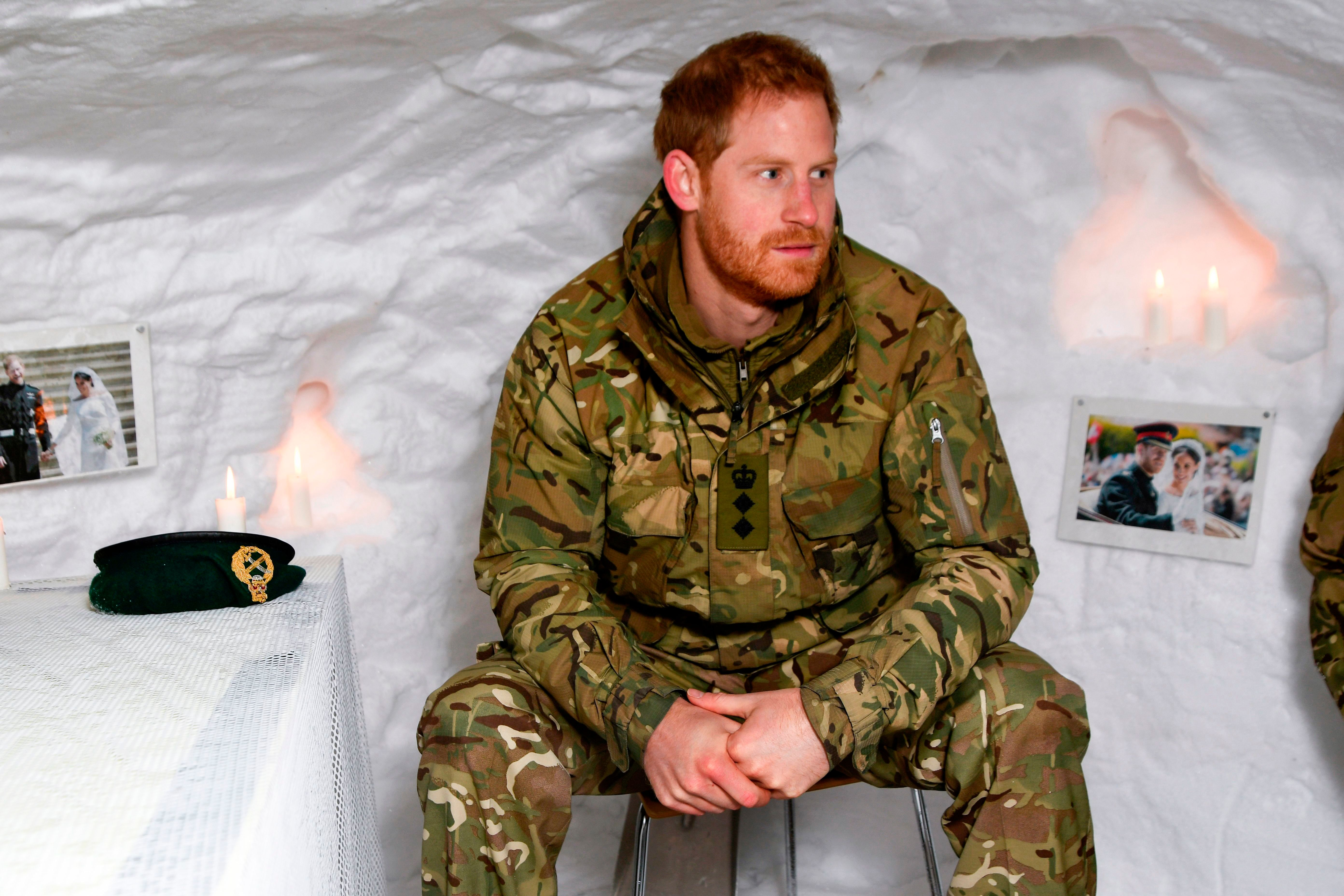 Prince Harry Crawls Into An Igloo In