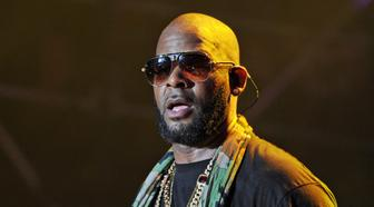 ***FILE INFO*** Sony Music Dumps R. Kelly MIAMI GARDENS, FL - MARCH 21: R Kelly performs onstage at the 10th Annual Jazz in the Gardens: Celebrating 10 Years of Great Music at Sun Life Stadium on March 21, 2015 in Miami Gardens, Florida. Credit: mpi04/MediaPunch /IPX