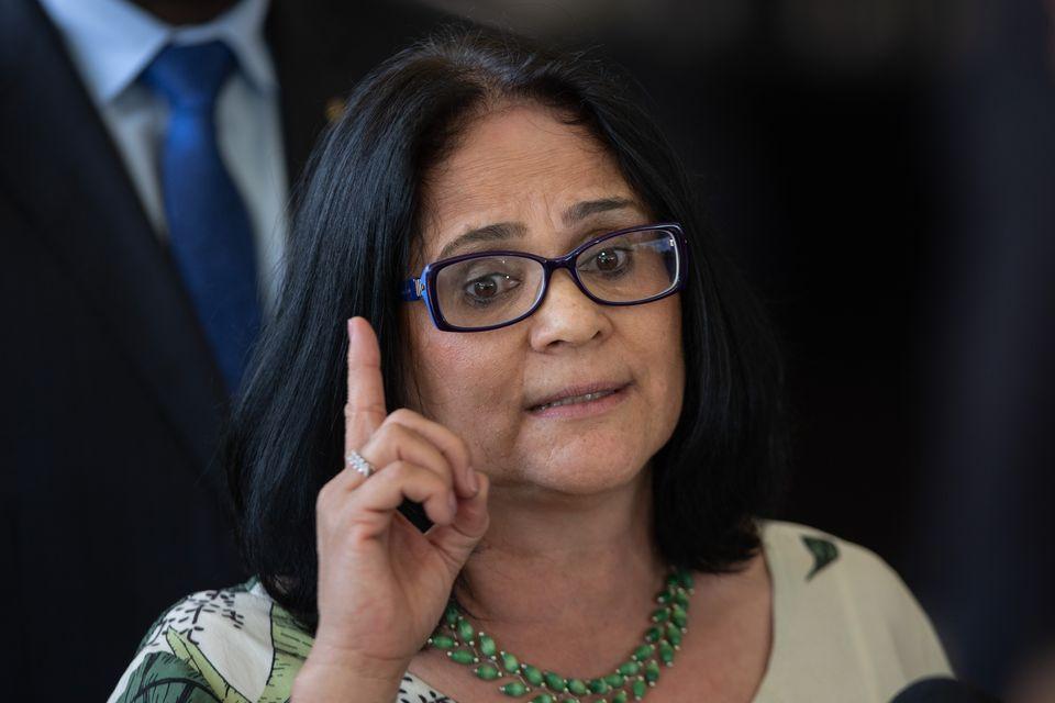 Medida provisória do ensino domiciliar está sendo elaborada pelo Ministério da Mulher,...