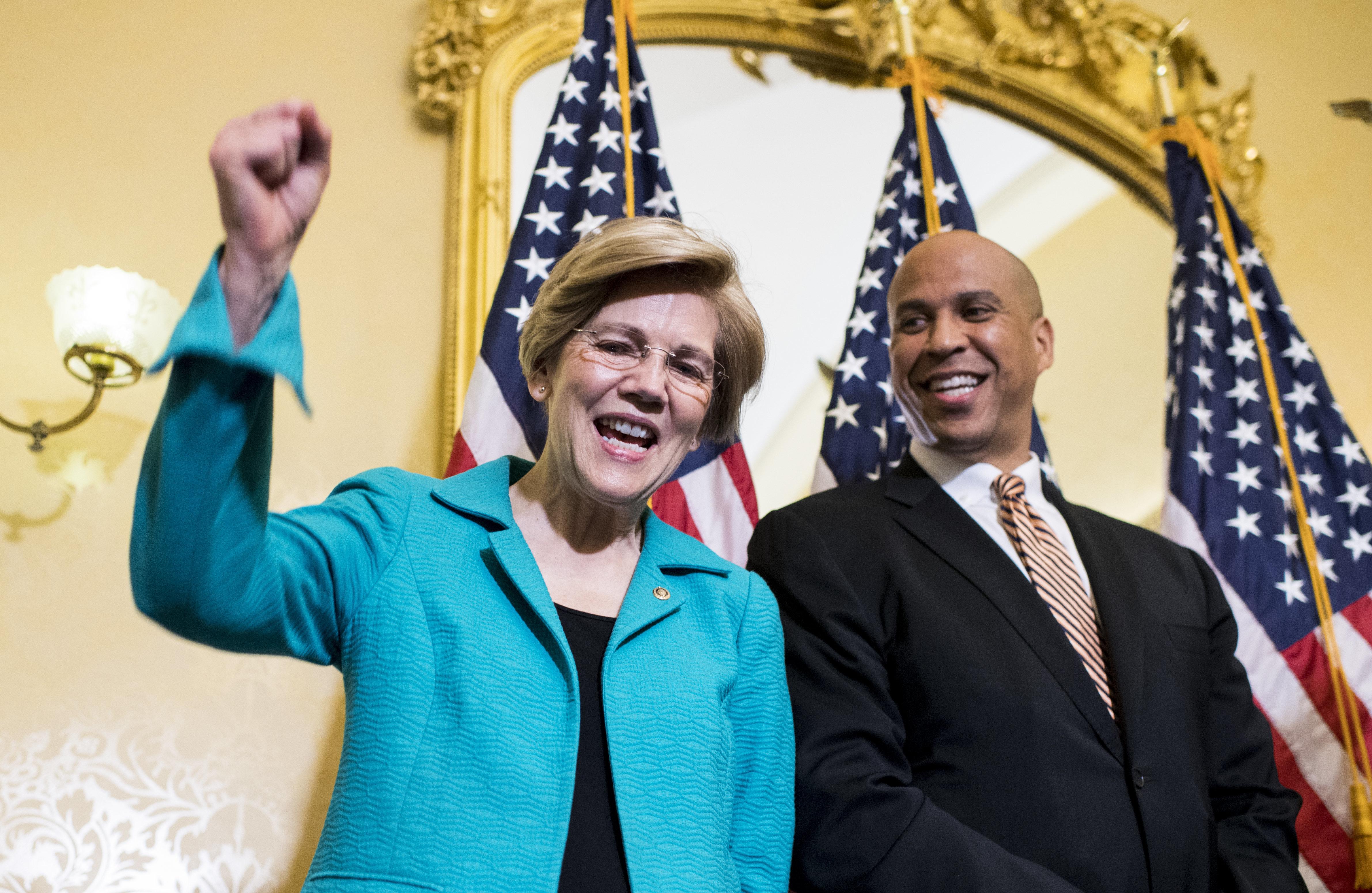 부커 vs 워렌 : 2020 미국 대선에 임하는 민주당 앞에 놓인 두 개의