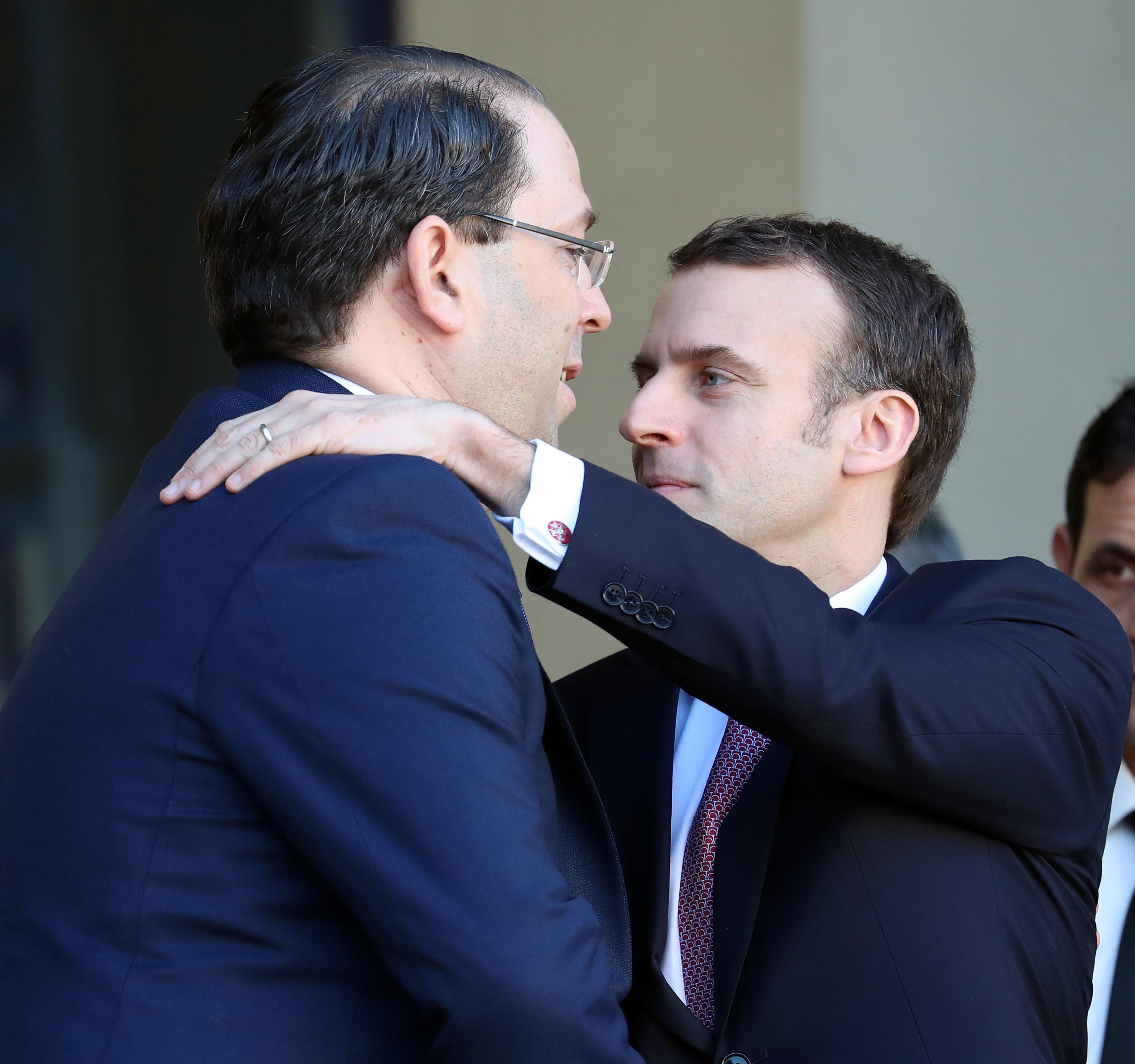 Rencontre entre Youssef Chahed et Emmanuel Macron: Ce qu'il faut