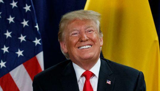 """Avec l'""""urgence nationale"""", Trump décroche 136 pouvoirs"""