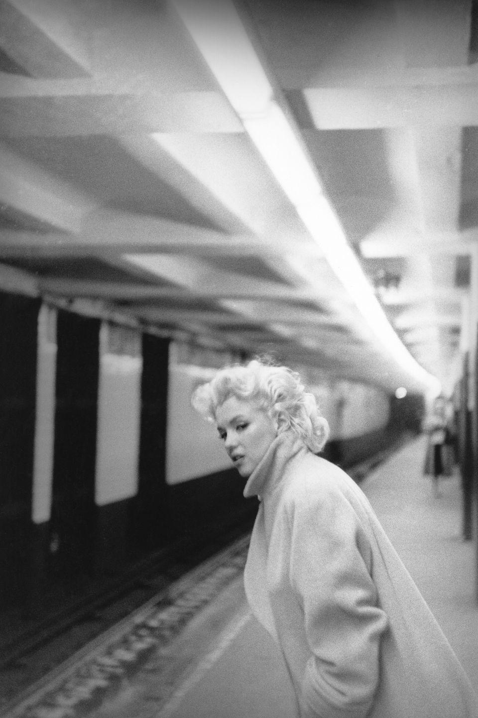 «Μία εβδομάδα με τη Μέριλιν»: Οι σπάνιες, διαφορετικές φωτογραφίες της