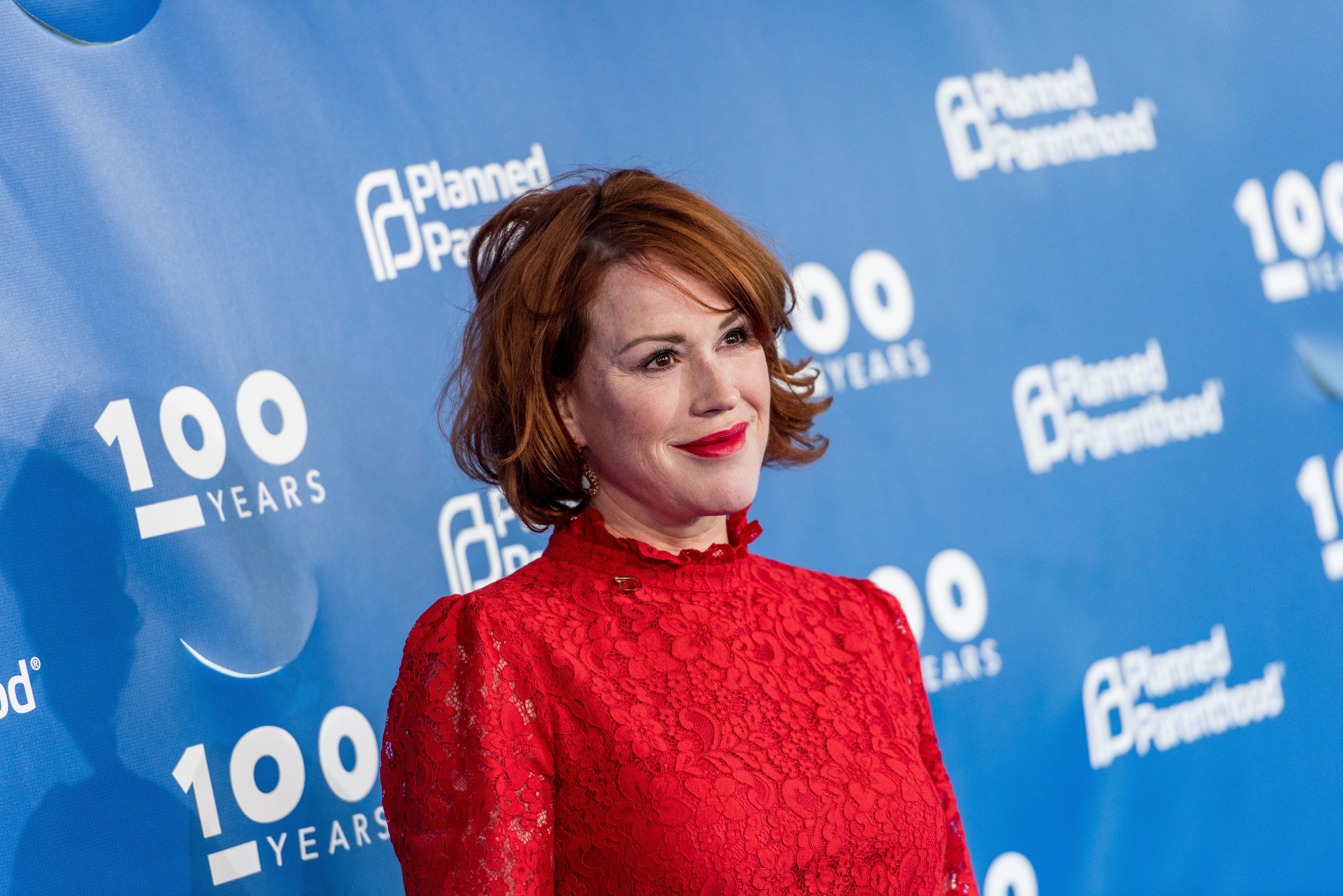 Molly Ringwald has two daughters and a son.