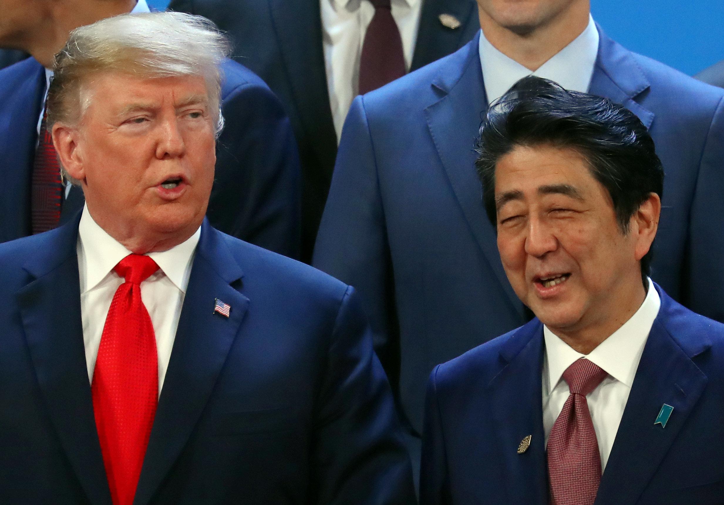 G20に出席したトランプ大統領と安倍晋三首相=アルゼンチンのブエノスアイレスで2018年11月30日