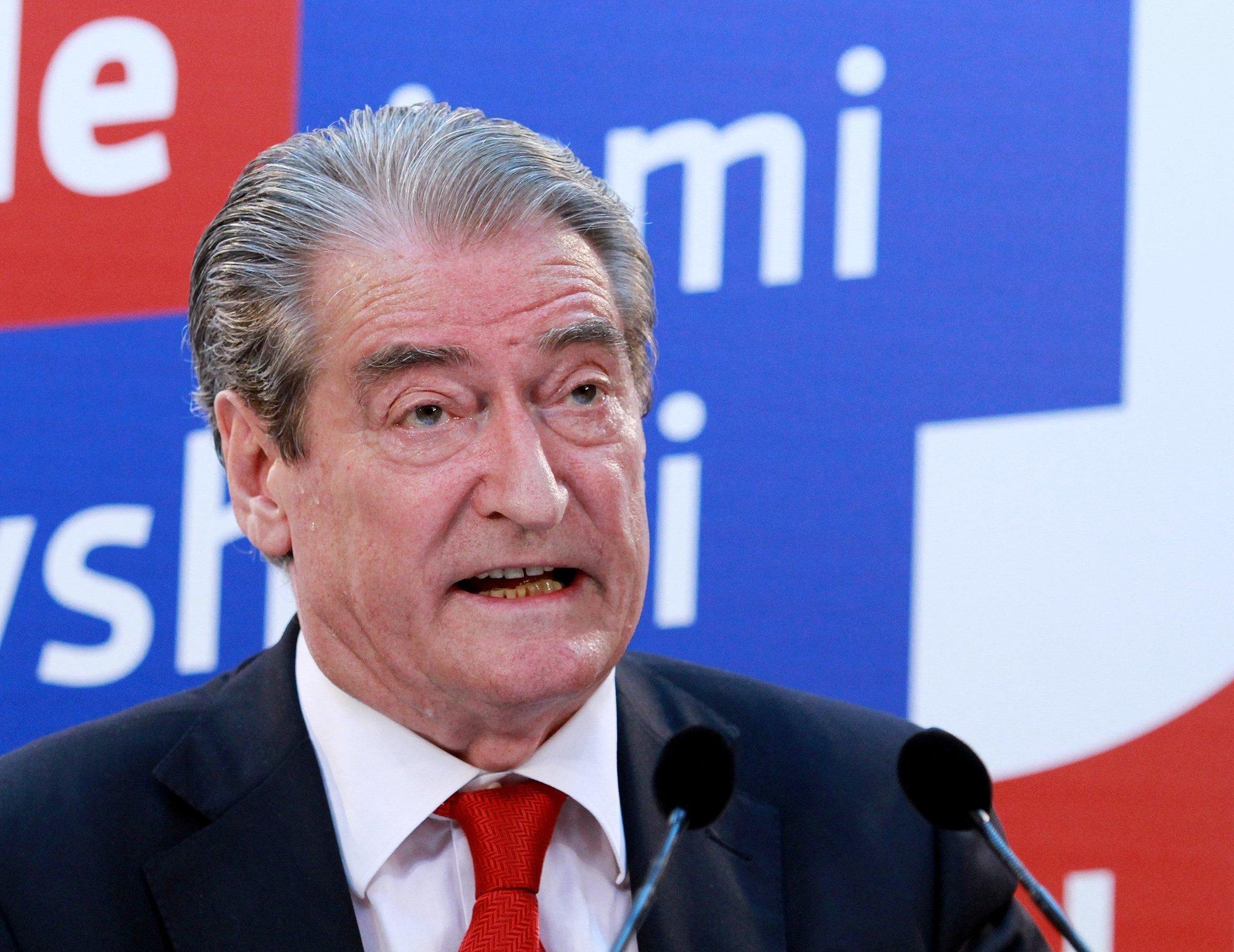 Μπερίσα σε Ράμα: Φύγε πριν να είναι αργά. Ο αλβανικός λαός δεν αντέχει άλλον δικτάτορα