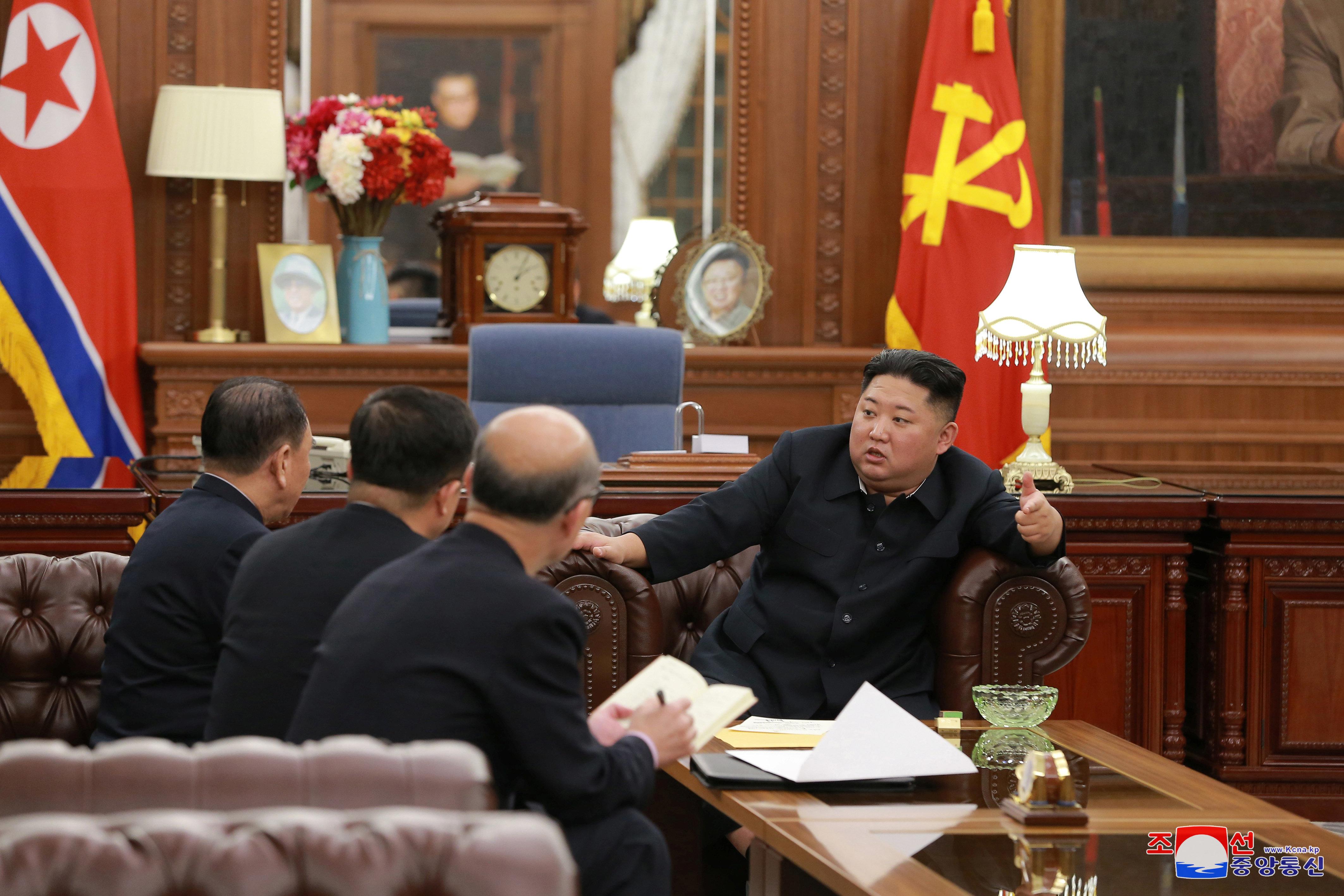 """로이터 """"2차 북미회담 전 베트남 주석과 만날 수"""
