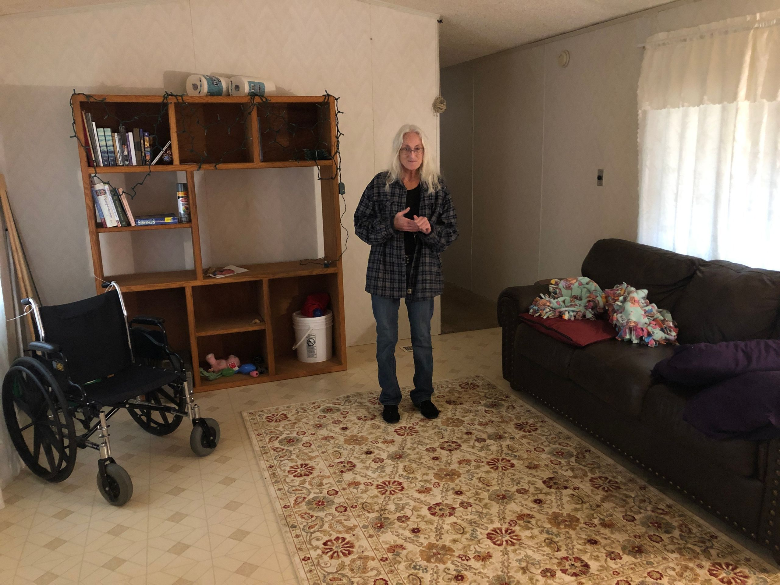 Julia Cheek in the mobile home that a stranger opened up to her after she survived the Camp fire but that she'll soon ha