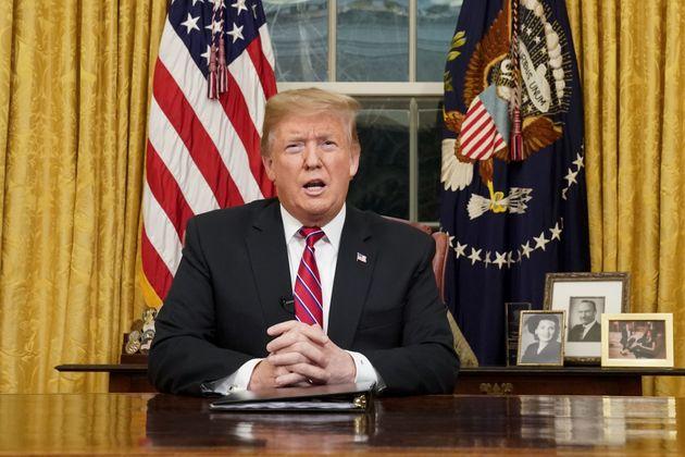 トランプ大統領 大統領執務室にて 2019年1月