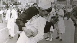 Ce marin au baiser devenu célèbre est