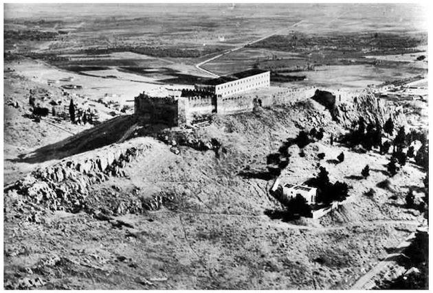 Το αρχαίο τείχος της