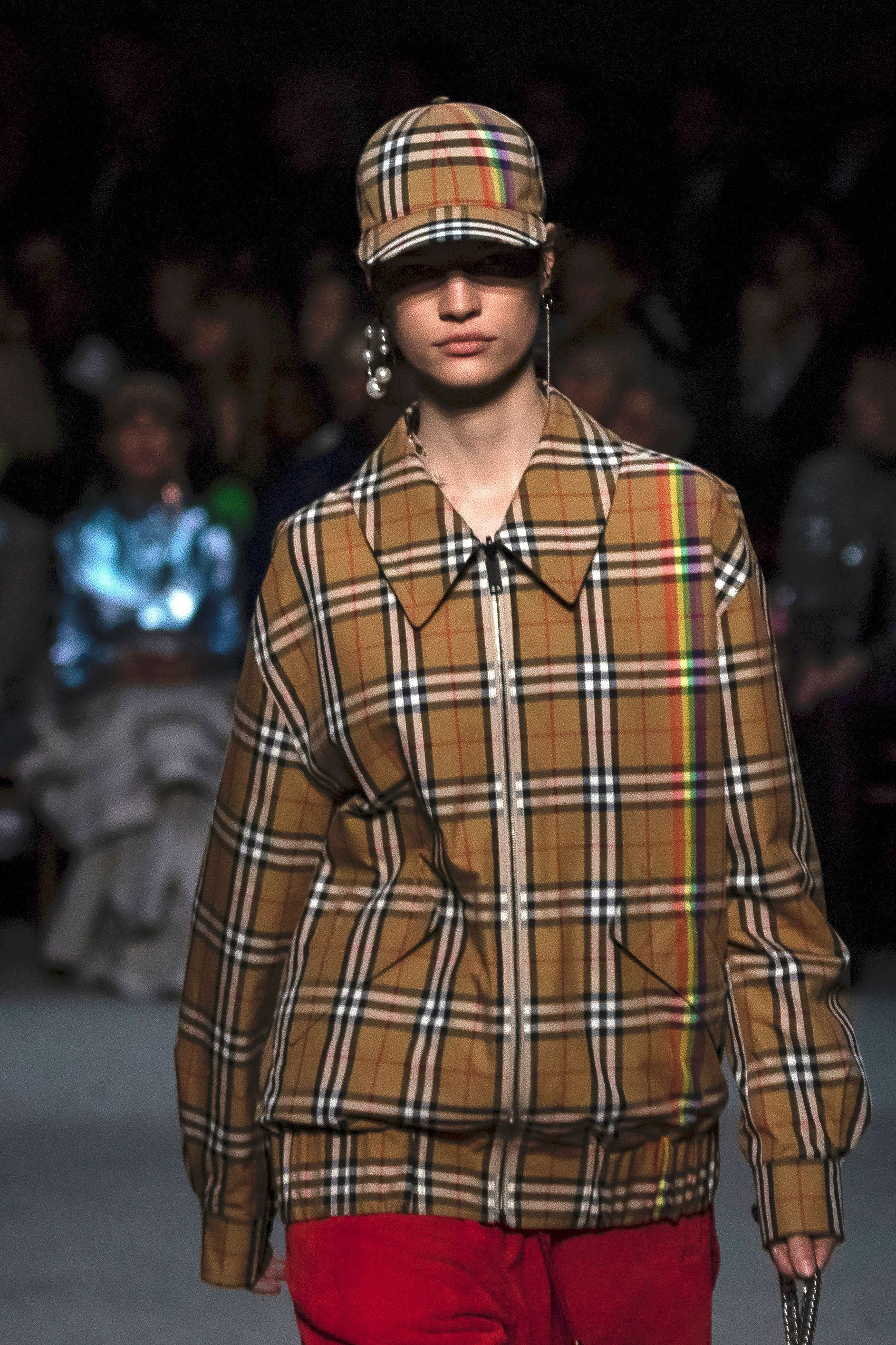Burberry Apologises And Removes 'Noose' Hoodie After Model's