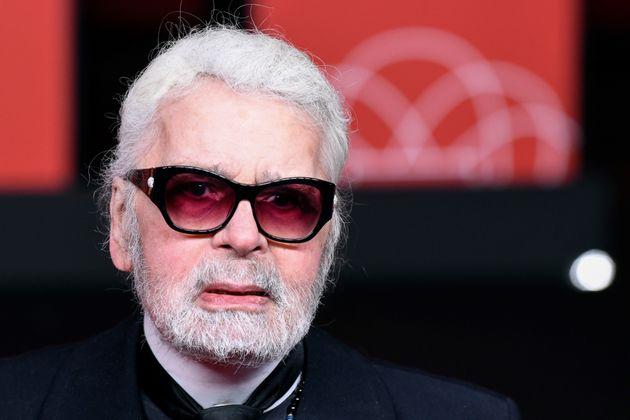 Πέθανε ο διάσημος σχεδιαστής μόδας Καρλ
