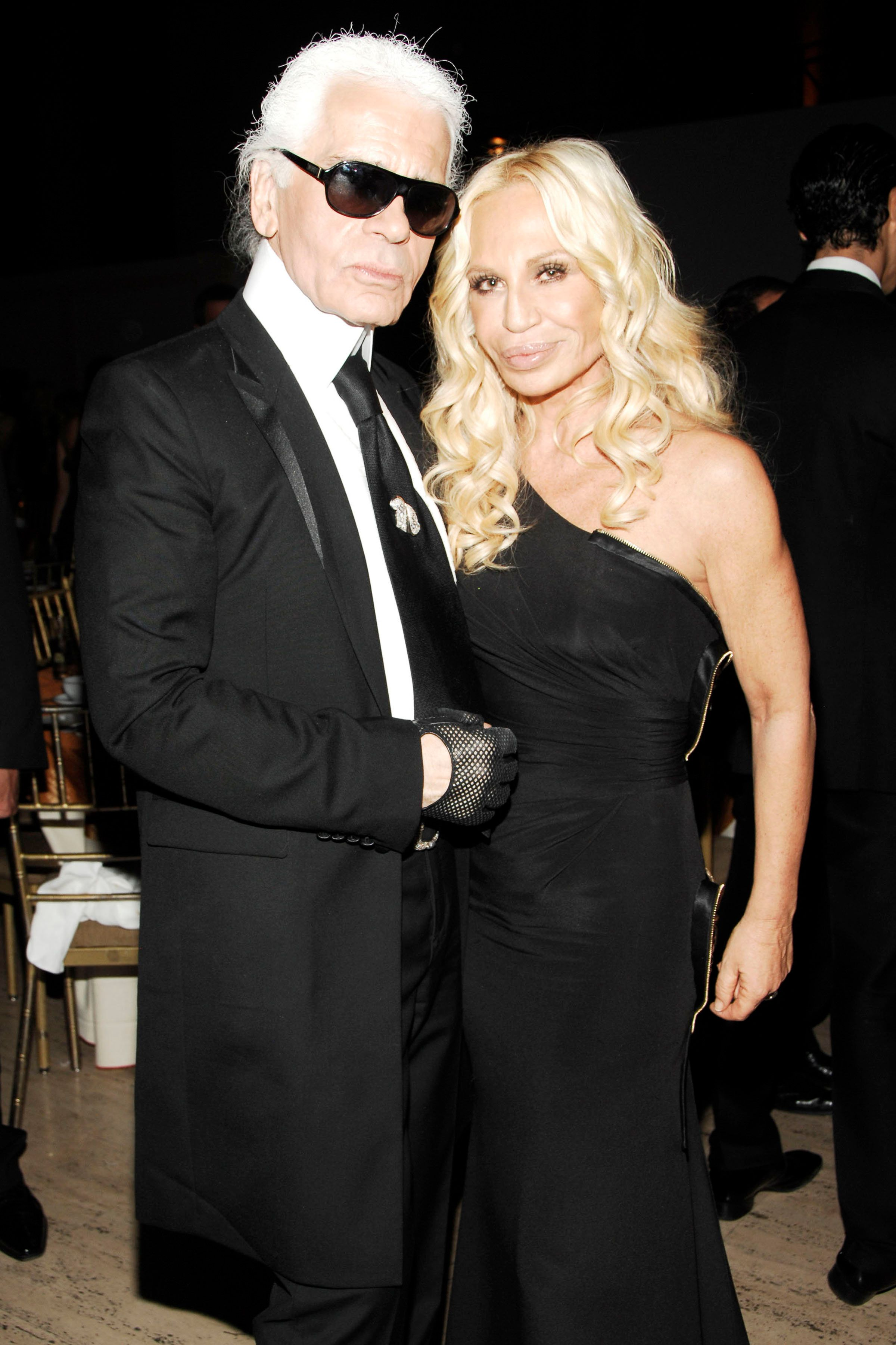 Donatella Versace Leads Tributes To Karl Lagerfeld As Fashion World Remembers Chanel