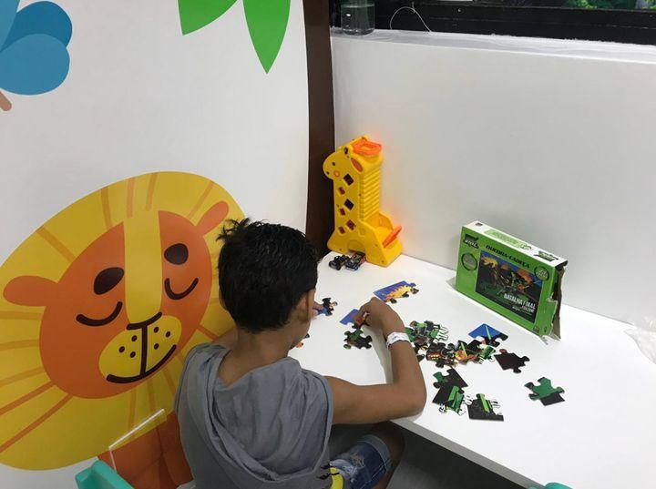 Doação da Restaurant Week ajuda na construção e manutenção de brinquedotecas para crianças soropositivas em hospitais públicos do DF.